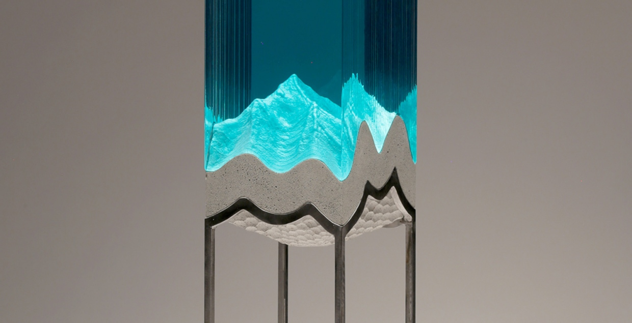 PINNACLE glas sculpture mountain by Ben young art design mindsparkle mag 1