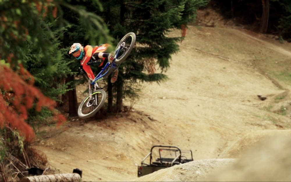 Bernard Kerr Queenstown Dreaming video action sport movie extreme promotion film by Pivot Cycles Mindsparkle Mag