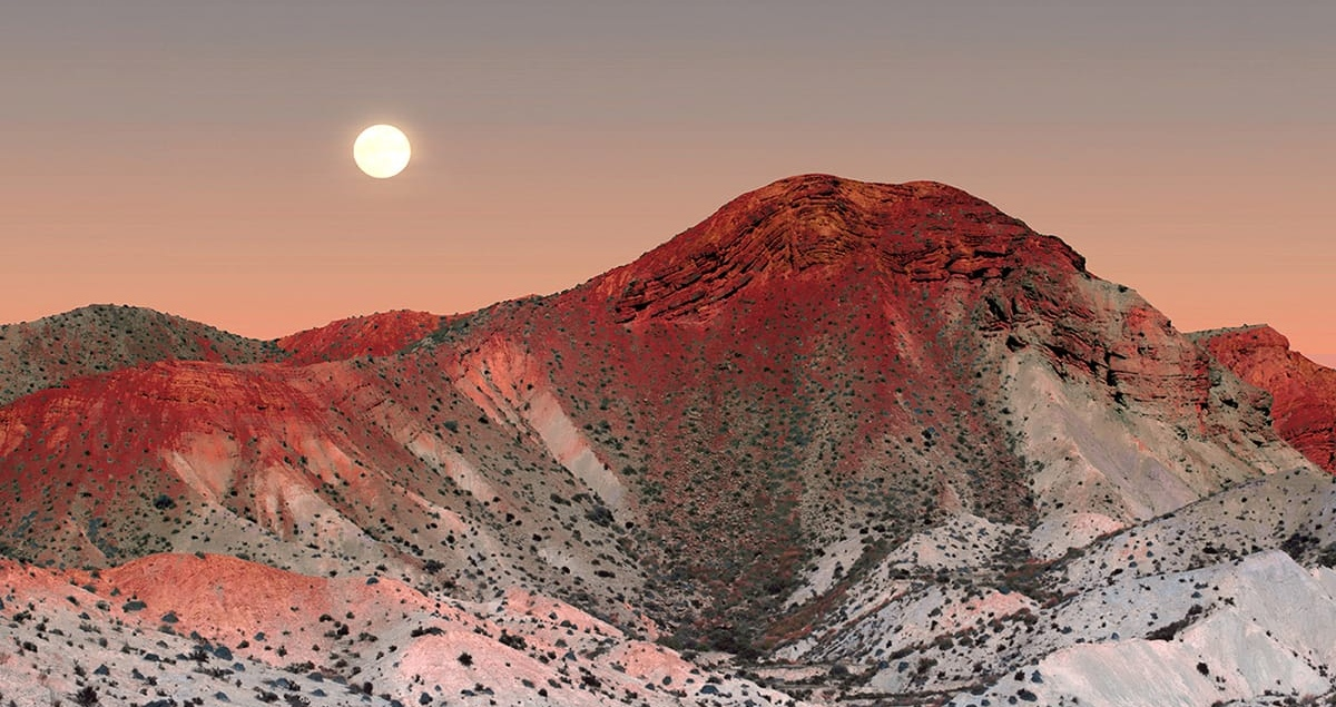 andalucia desert futuristic photography al mefer photo colour red landscape mindsparkle mag