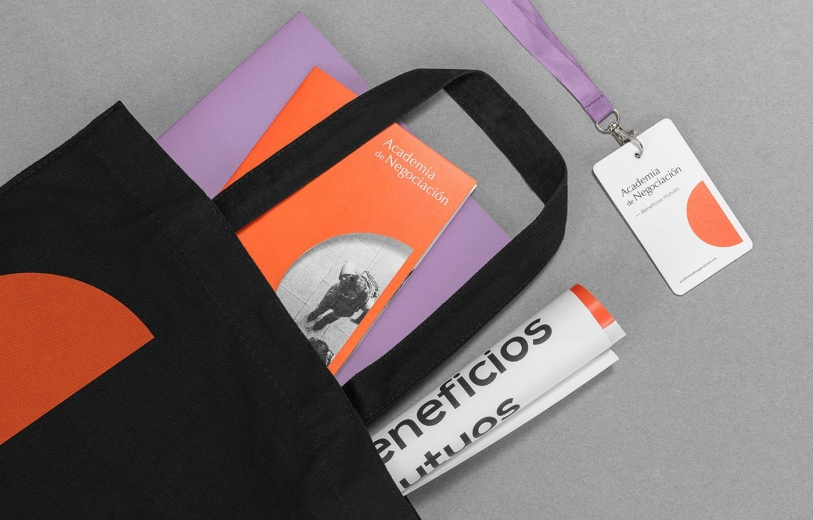 academia de negocios branding art direction brand identity stationery print promo graphic design mindsparkle mag